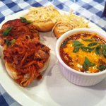 Pulled pork, Chili and Slaw