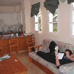 bild från rummet med kokvrån/barköket