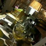 serving vinho Verde