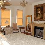 Wishing Oak Bridal Suite