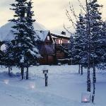 Denali Dome Home has year-round accommodations.