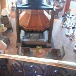 La cheminée du bar