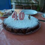 my surprise 40th Birthday cake, bakes by Gilda!