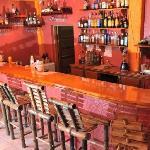 Uno Mas Bar