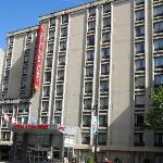 The hotel front from Rue Berri