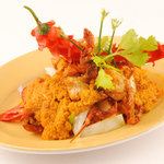 Poo Nim Phad Phong Garee - Fried soft shell crab with yellow curry