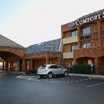 Building - Comfort Suites Chesapeake