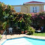 la piscine et une des villas