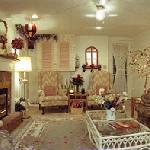 Spacious Sitting Room in Tara Suite