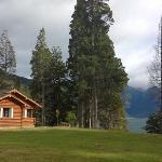 Nuestra cabaña frente al lago