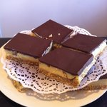 Hard to resist caramel slice