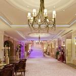 Ballroom Foyer (39378463)