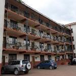 Speke Apartments Kitante