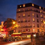 RESIDENCE BLANCHE A COTE DU MOULIN ROUGE