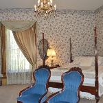Melissa Honeymoon Suite