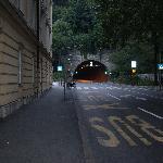 Túnel que conecta una parte de la ciudad con la otra