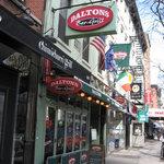 Daltons Sports Bar