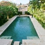 1 des 2 piscines communes