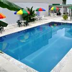 piscina hotelñ