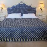 Huge bed room 312.