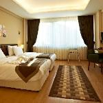 Photo de Taksim Plussuite Hotel