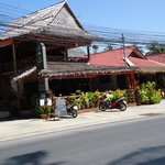 Photo de COCONUT Bar & Restaurant - Rawai Beach