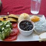 Casado (tilapia with egg)