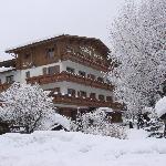 l'hotel sous la neige