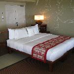 Sheraton Fiji Ocean Studio 1370 Bed Front View - LoyaltyLobby
