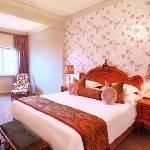 Harvey Suite Main Bedroom