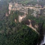 Looking back to Horseshoe Falls and Bridal Veil Falls