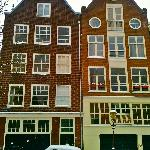 Feb. 2012 - typical Jordaan houses along canal