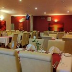 fine dinning restaurant a warm and relaxed atmosphere in luxurious surroundings  5 star rated he