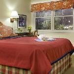 Pertelote Room