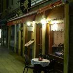 Campo San Luca - Leon Bianco restaurant - not bad!