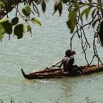imbarcazione tipica del lago Tana