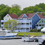 Water's Edge Inn