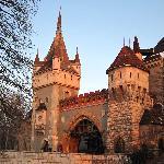 L'entré du château et son pont