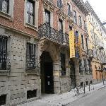 La facciata del palazzo Bagatti Valsecchi