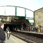 West Brompton 駅