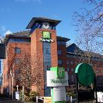 Holiday Inn Sutton, front elevation