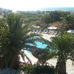Vue sur la piscine depuis notre terrasse
