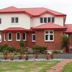 The Anau Lodge