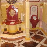 Des Kaysers WC - das prächtigste der Welt!
