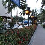 Calles y restaurantes por la tarde!!!