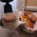 Breakfast-yogurt and pastries