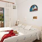 Matina Hotel in Santorini 02
