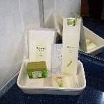 Produits d'accueil dans la salle de bains