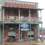 The Plains Historic Inn is fabulous!