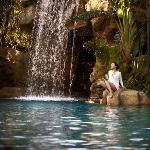 Four Seasons Hotel Macao, Cotai Strip offers five outdoor pools.